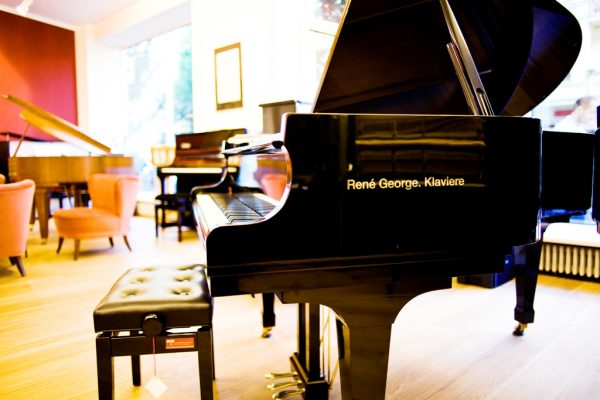Rene George Klaviere